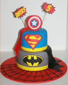 superhelden kuchen cakes heroes and capes on