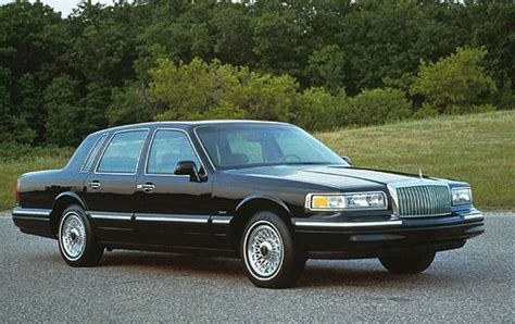 used 1996 lincoln town car for sale pricing features edmunds