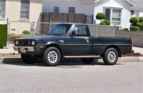1984 mitsubishi mighty max roadside rambler