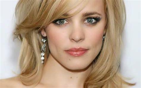 haircut that help hide forhead wrinkles hairstyles to hide forehead wrinkles rachel mcadams