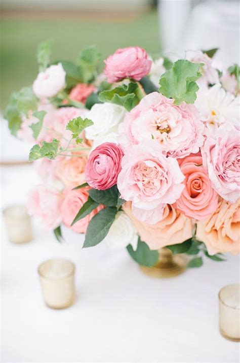 garden wedding flower arrangements 25 best ideas about pink flower centerpieces on