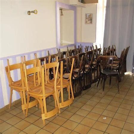 chaises fauteuils tabourets bar restaurant en rhone alpes