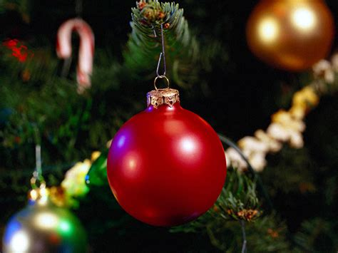 wallpaper christmas ornaments celebrity wall download christmas ornament wallpapers