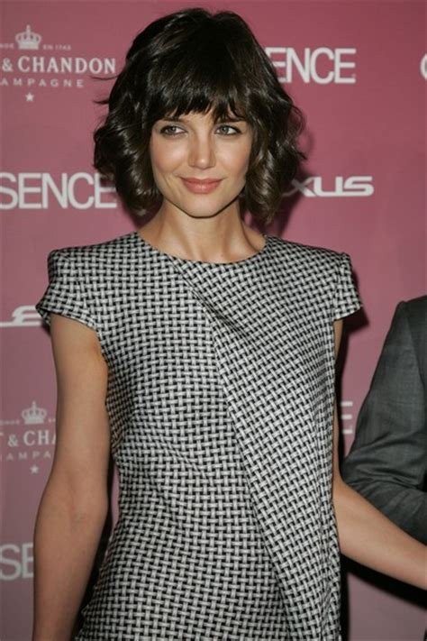 katie holmes revisits her lob stylish bob hairstyles with bangs aelida