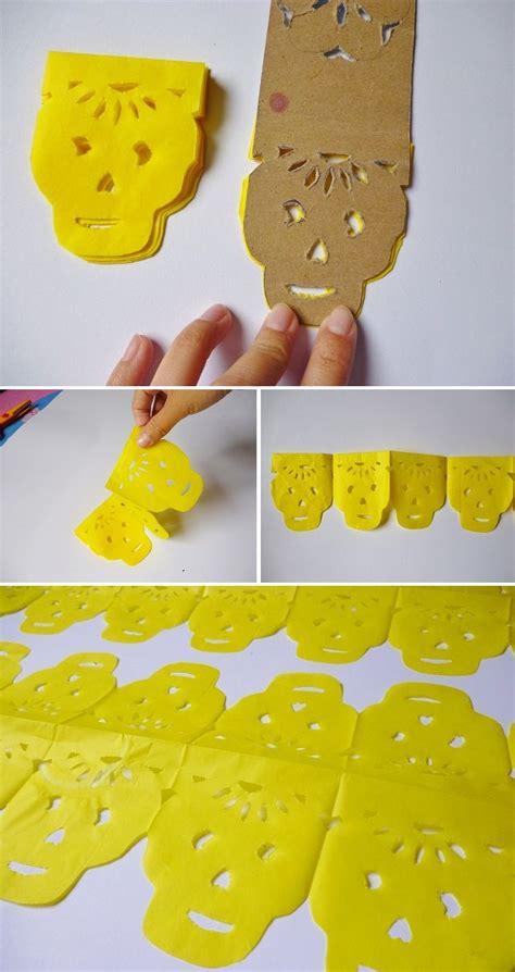 como hago cadenas de papel crepe manitas de gato d 237 a de muertos como hacer papel picado y