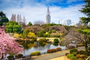 shinjuku gyoen national garden tokyo nl