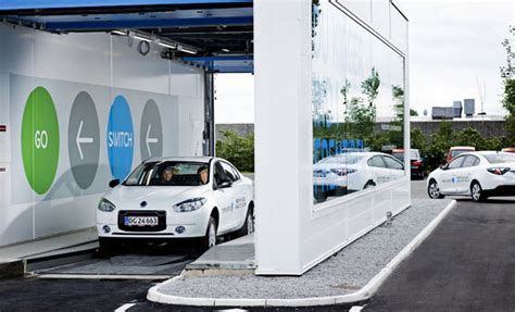 better place car better place s shai agassi to succeed electric cars must
