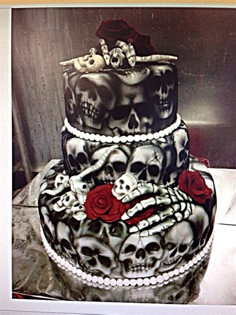 Hochzeitstorte Totenkopf by Skull Wedding Cake Wedding Cakes