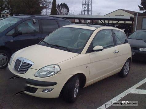 2004 lancia y 1 2 16v argento car photo and specs