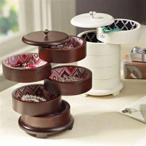 schminktisch accessoires 15 simple accessories and jewelry storage ideas diy