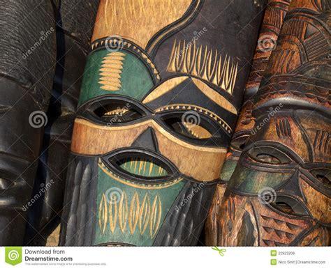 Masker Cultusia afrikaans masker stock foto afbeelding bestaande uit gesneden 22923208