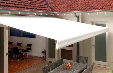 spotlight awnings spotlight on retractable awnings abc blinds blog