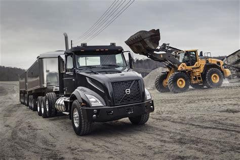 volvo haul trucks volvo trucks unveils vnx series for heavy haul trucking