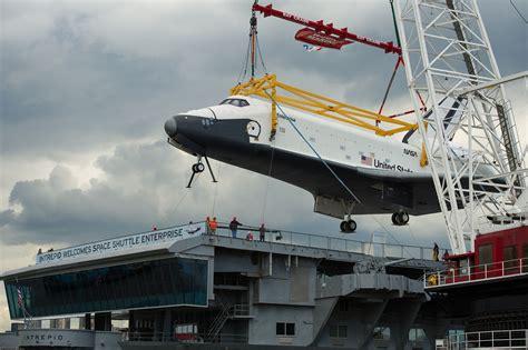 portaerei new york intrepid sea air space museum new york ny david s