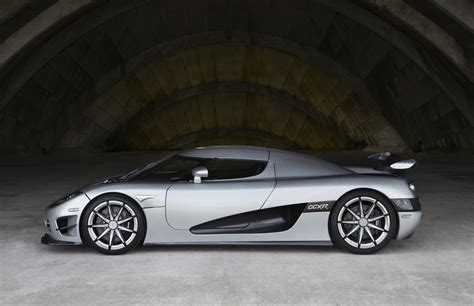 Most Expensive Production Car by Photos Top 10 Most Expensive Production Cars 2010 Photo 3