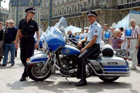Motorrad Honda Kaltenkirchen by Neuen Polizeimotorr 228 Der Bmw Autos Der Zukunft
