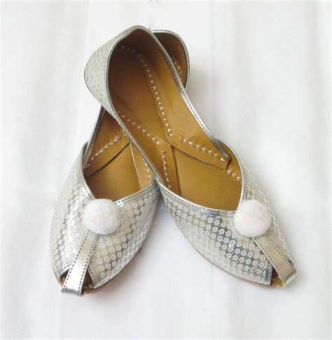 indian shoes bridal flat shoes punjabi jutti shoes indian by