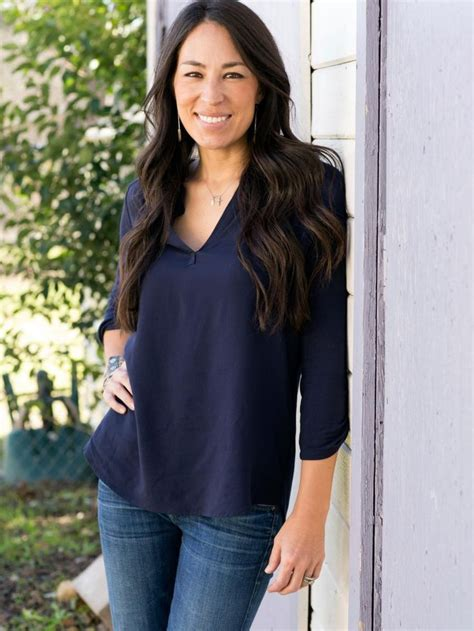 joanna gaines hair joanna gaines pictures our favorites from hgtv s fixer