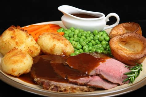 roast dinners traditional sunday roast yorkshire puddings england uk 5 reasons to love your sunday roast healthista