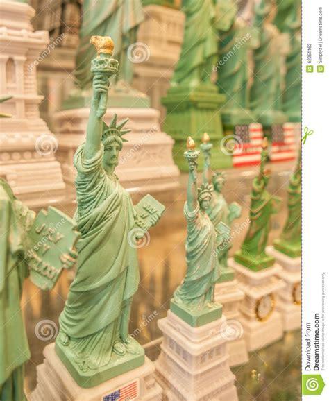 Souvenir Amerika Kaos Usa Liberty 4 statue of liberty souvenir stock image image of york 62951163