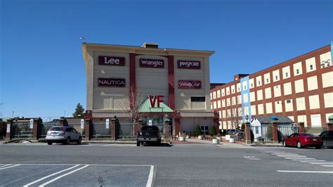 Vanity Fair Las Vegas Outlet by The Creepy Dying Vanity Fair Outlets West Reading Pa