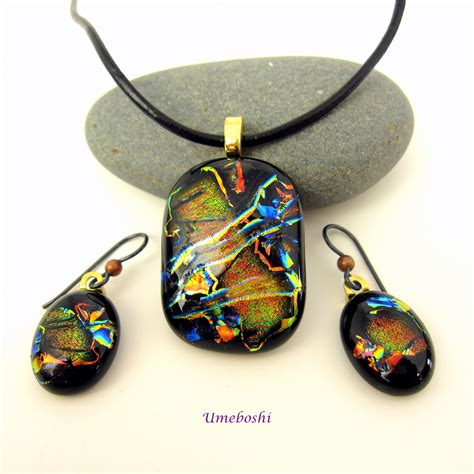 glass jewellery designs celebration dichroic fused glass pendant and earrings