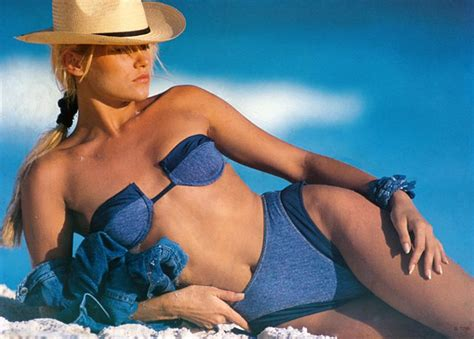yolanda foster modeling images yolanda hadid s fierce throwback modeling photos yolanda