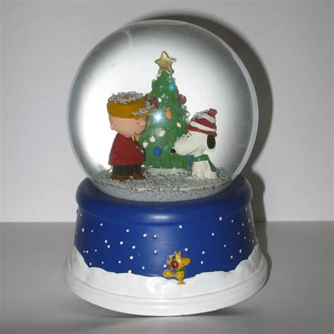 peanuts 50th anniversary christmas musical snow globe