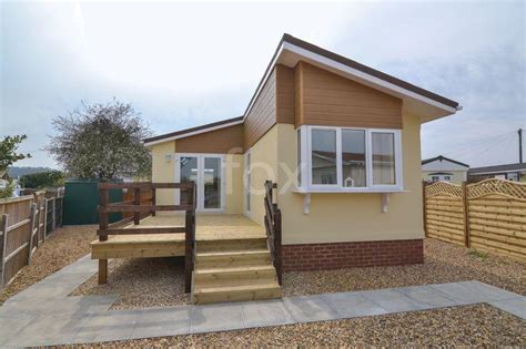 1 bedroom mobile homes 1 bedroom mobile home for sale in lower road hockley ss5