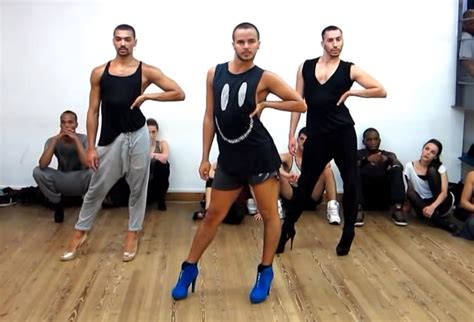 how to dance for your man in the bedroom guys dancing in heels to beyonce songs will make you