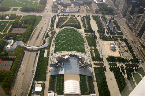 file 2005 10 13 2880x1920 chicago above millennium park