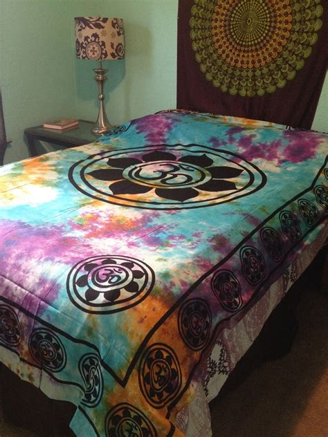 om aum indian lotus flower india hippie boho tie dye wall tapestry bedding bedspread 72 quot x