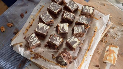 Link Marbled Caramel Chocolate Slices by Lurpak Gooey Chocolate And Caramel Slice With Marbled