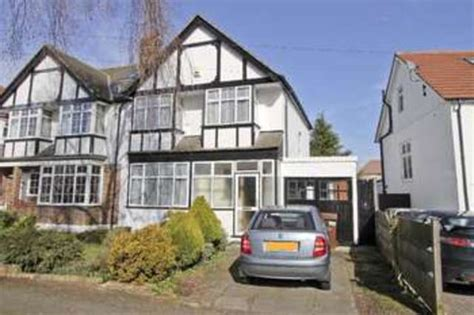 3 bedroom houses for sale in harrow 3 bedroom semi detached house for sale in park crescent harrow weald harrow ha3