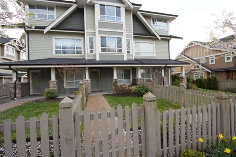 3 bedroom townhouses for sale in surrey bc all townhouses for sale in grandview heights south surrey bc