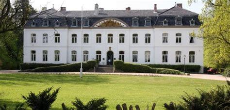 weissenhaus grand resort und spa am meer wangels ausstellung im weissenhaus grand resort spa am