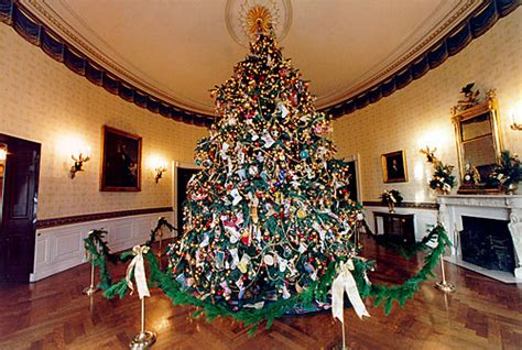 file 1996 blue room christmas tree jpg wikimedia commons