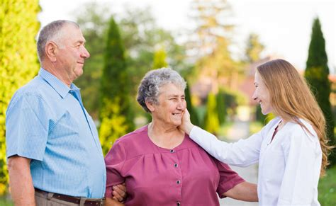 comfort keepers mn what is in home care elder home care l home care agency