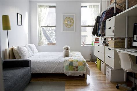 Organizing A Bedroom by 5 Strategies For Decluttering A Small Space Apartment