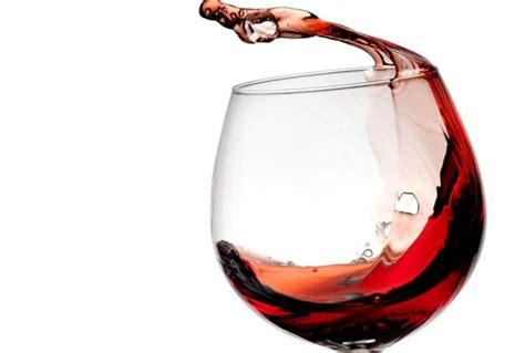 bicchieri vino rosso vino bio un toccasana per la salute