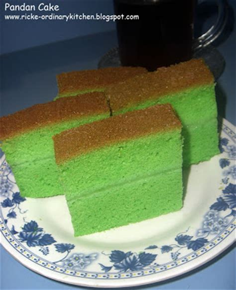 Loyang Chiffon Sponge Cake just my ordinary kitchen pandan cake