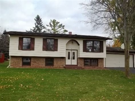 houses for sale watertown wi 605 hidde dr watertown wi 53098 detailed property info reo properties and bank