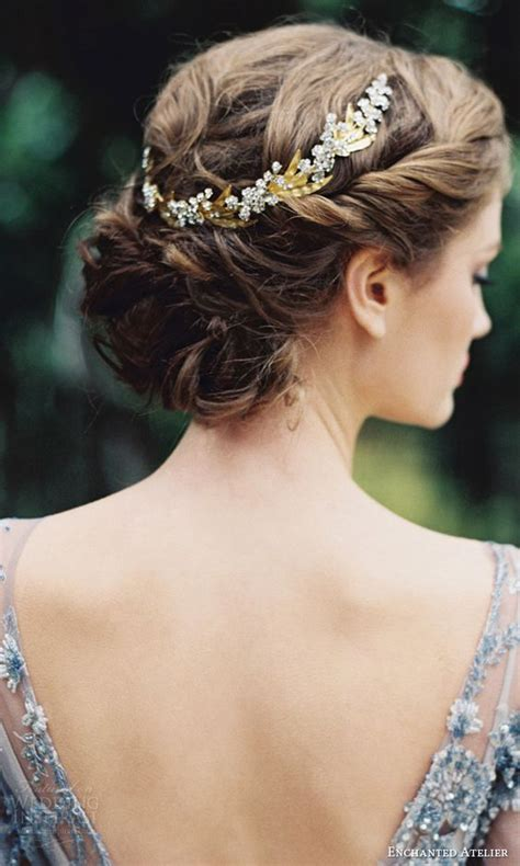 Hair Accessories For Wedding Updos by 34 Fall Wedding Hair Ideas That Inspire Weddingomania