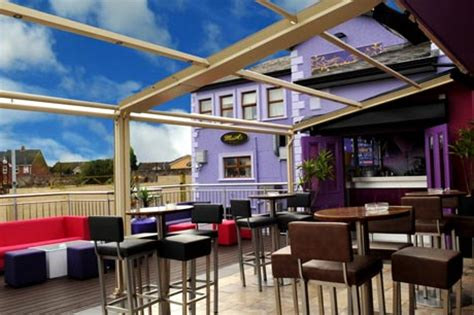 verande bar veranda bar patiola and terrace mcaleers bar dungannon