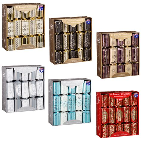 luxury christmas crackers 10pk christmas party b m