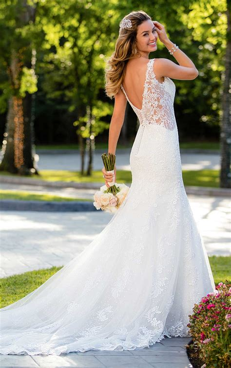 Wedding Dresses Skirt by Lace Wedding Dress With Flared Skirt Stella York Wedding