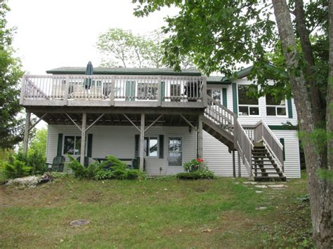 south bay road access cottage for sale in honey harbour