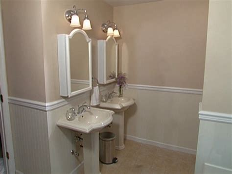 Beadboard Wainscoting Bathroom Installing Beadboard Panels In Bathroom Website Of Coyitour