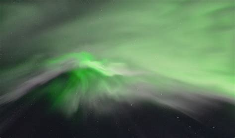 Best Time To See The Northern Lights by The Best Time To See The Northern Lights In Iceland