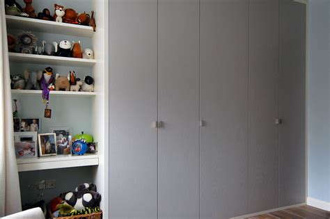 Fitted Wardrobe Shelves by Fitted Bedrooms Wardrobes Beds And Chests Of Drawers